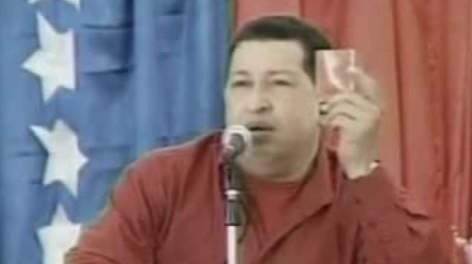 Hugochavez_librorojo