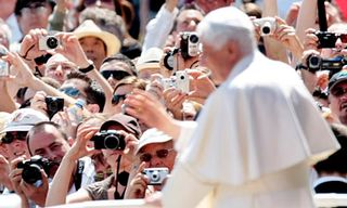 Pope-Benedict-XVI-006