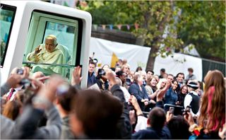 NYTimes19pope3-articleLarge