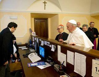 El Papa arregla las cuentas en la Casa Internacional del Clero
